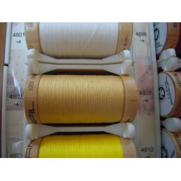 Organic thread Color: Straw
