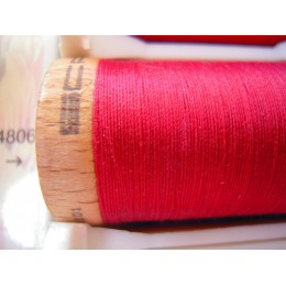 Organic cotton thread Color: garnet