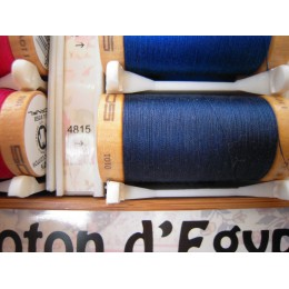 Organic cotton thread Color: Ultramarine