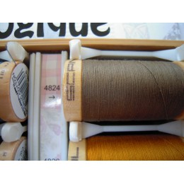 Organic cotton thread Color: Taupe