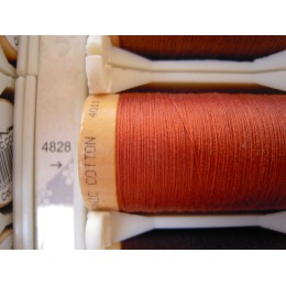 Organic cotton thread Color: rust