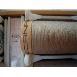 Organic cotton thread Color: beige