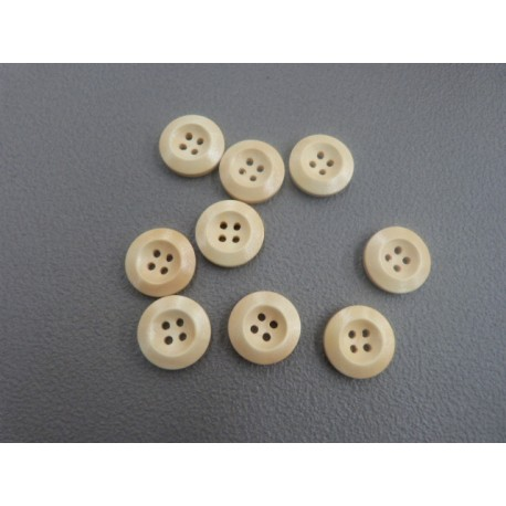 Buttons of wood 4 holes 18 mm