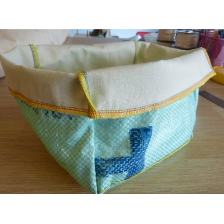 Basket for wipes 20 x 20 cm